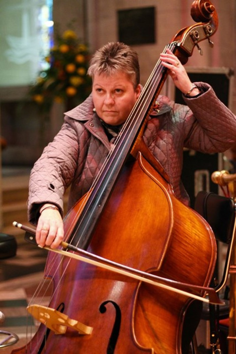 Gill Withers on double bass