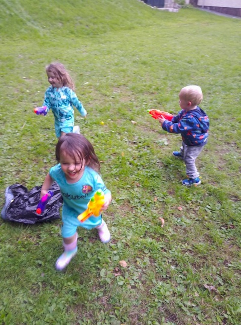 Water pistols toddler style