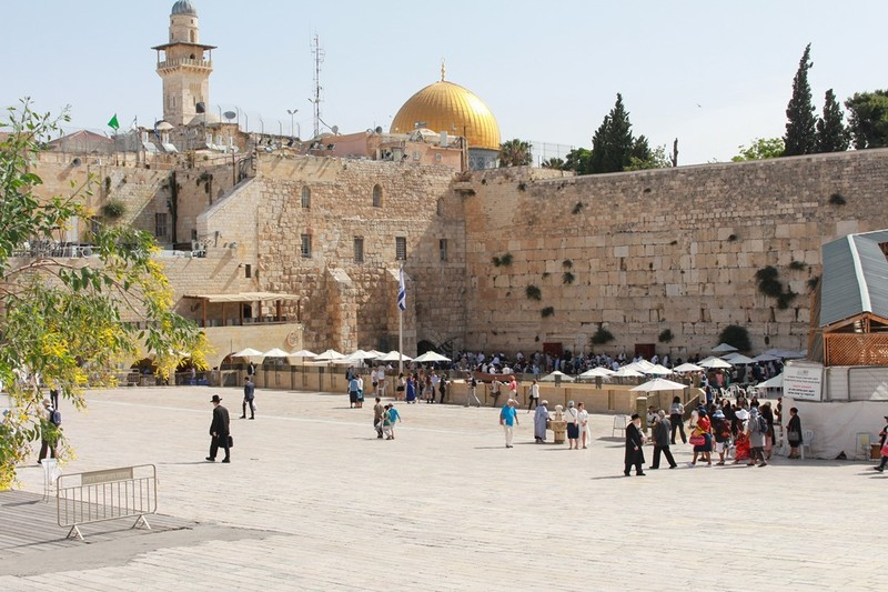 Plaza and Western Wall