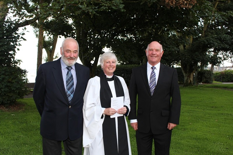 Colin Gillespie, Peoples Churchwarden, Revd Sue Bell and Ernest Dunbar, Vicars Churchwarden