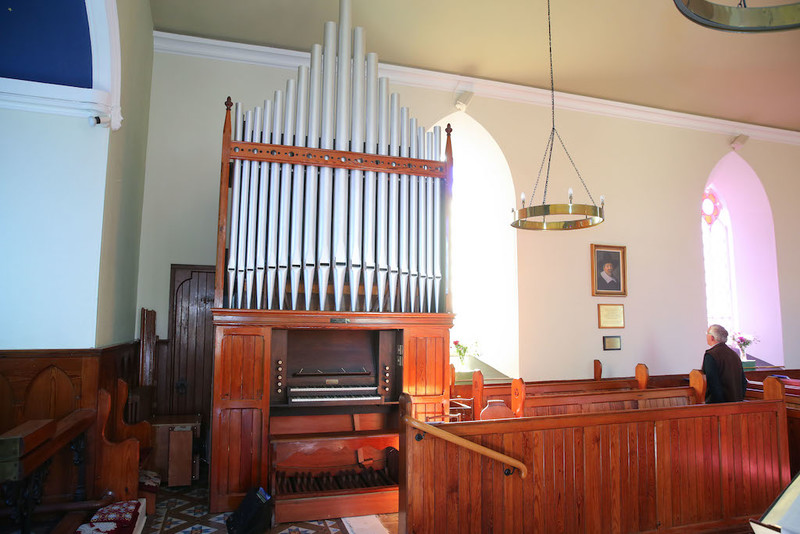 Restored Harrison and Harrison pipe organ