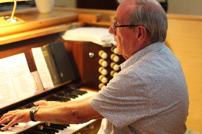 John Lyttle at the organ