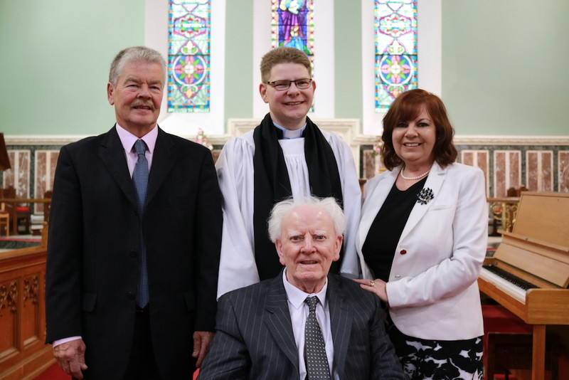 Revd Jonathan Brown, parents and grandfather family