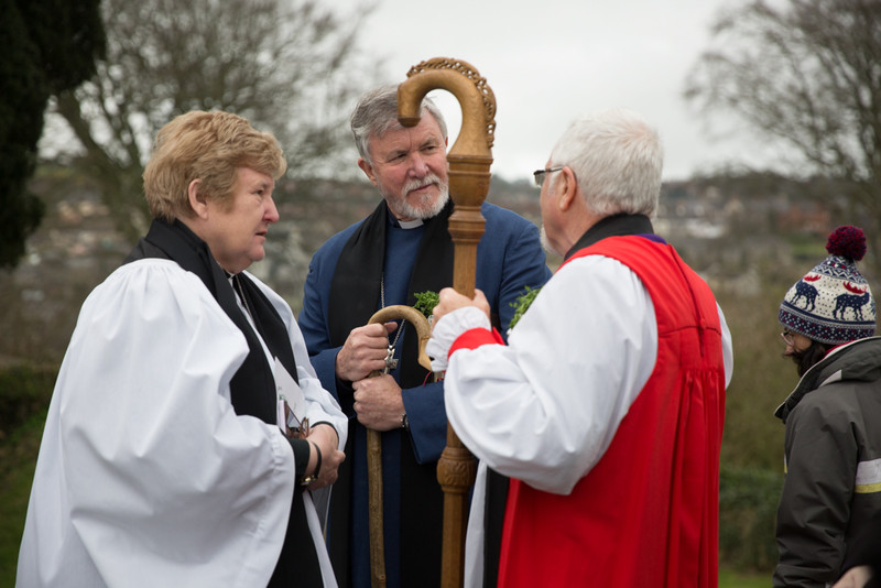 Rev Sally Heiligman and Rev Bill Mulaly chat with Bishop Harold